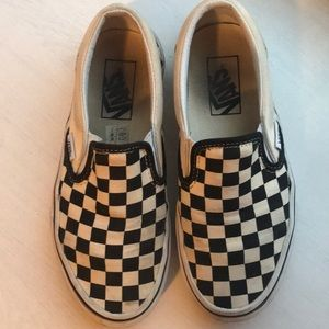 Vans Shoes - Preowned checkered converse